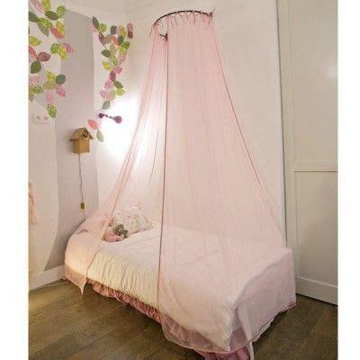 baldaquin rideaux ciel de lit paillettes mouche projet roses