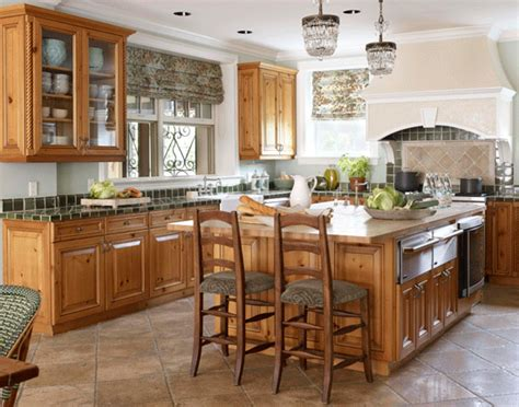 Elegant Kitchens With Warm Wood Cabinets