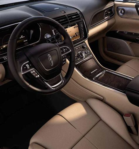 2018 Lincoln Continental  Photos, Videos, 360 Views