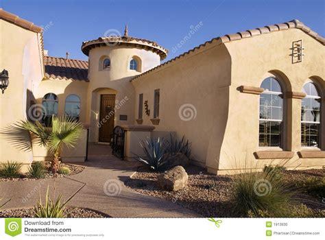 maison moderne de type du sud ouest photo stock image 1913930