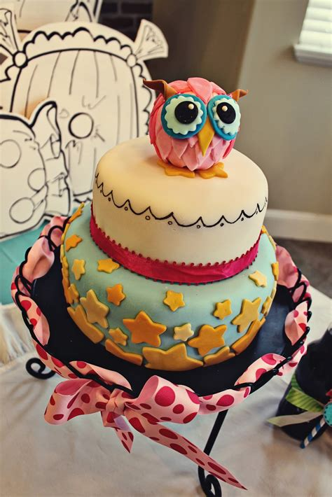 pull out a plum owl cake