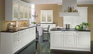 Küchen Weiß Hochglanz : landhaus einbauk che citrin weiss hochglanz k chen quelle ~ Markanthonyermac.com Haus und Dekorationen