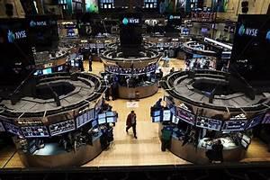 Stocks drift lower   15 Minute News