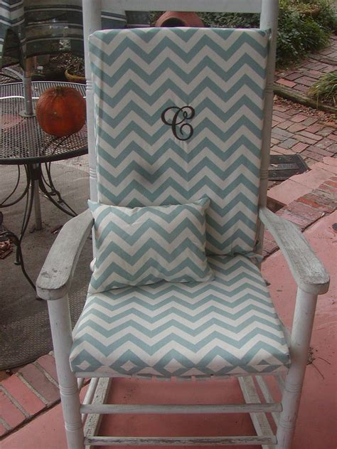 17 best images about rocking chairs on rocking chairs scarlet and wicker rocking chair