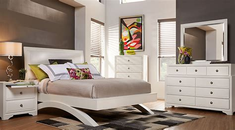 Belcourt White 5 Pc King Platform Bedroom Over The Toilet Storage Cabinet Home Depot Kitchen Cabinets Prices Sale Gray Bedroom Ideas Made Arcade Low Maintenance Exteriors Glass Display Paint For Mobile Homes Exterior
