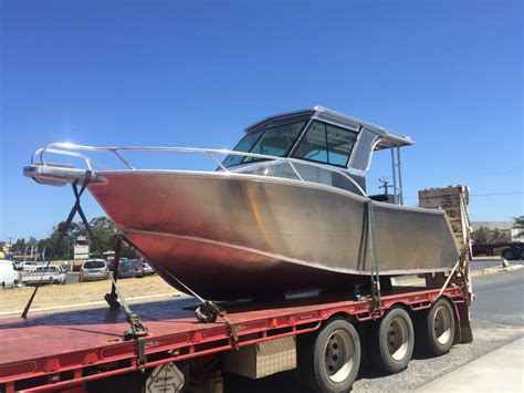 Preston Boats by New Preston Craft 6 5m Walkaround Hard Top Trailer Boats