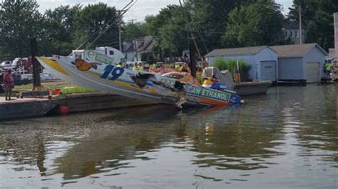 Wake Boat Crash by Keith Holmes Is Killed In Crash At Michigan Powerboat Race