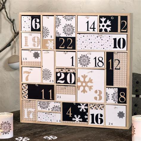 calendrier de l avent bois g 233 om 233 trique 40cm artemio