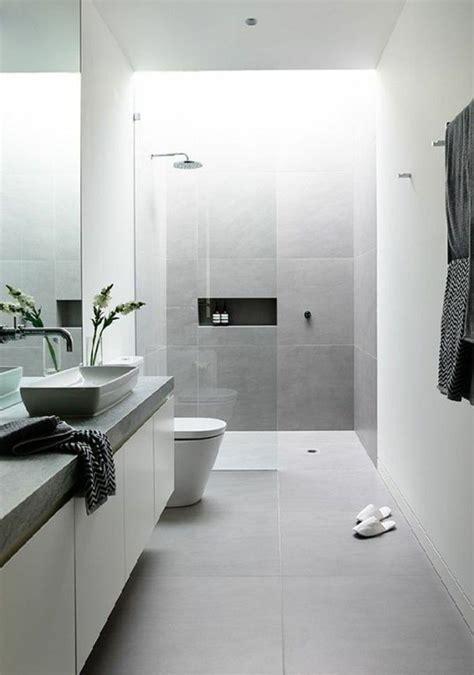 les 25 meilleures id 233 es de la cat 233 gorie carrelage de salle de bains sur planchers de
