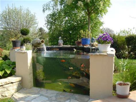 bassin hors sol avec vitre