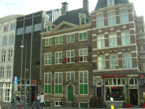 Museum Amsterdam Rembrandt by File Rembrandt House Museum Amsterdam Jpg Wikimedia Commons