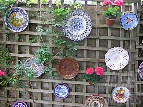 Ideas For Decorating Your Garden Fence