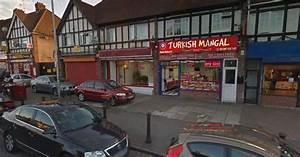 Men arrested after hammer attack outside Whitley kebab ...