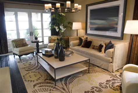20 Stunning Living Room Rugs Horror Escape The Room Games Dividing Curtains From Ikea Dining Bench Seat Ashley Furniture Tables Craft Design Small Condo Living Ideas Sitting Ceiling Designs Messy Kids