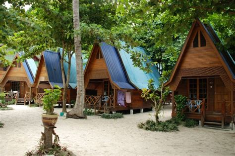 2d1n snorkeling package at the cocohut resort cozy