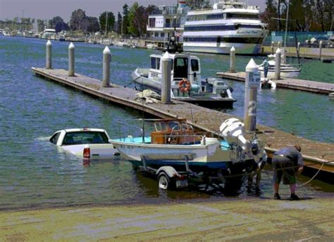 Boat Launch Gone Bad by Boat Launch Goes Bad Page 2 Smokinvette Forums