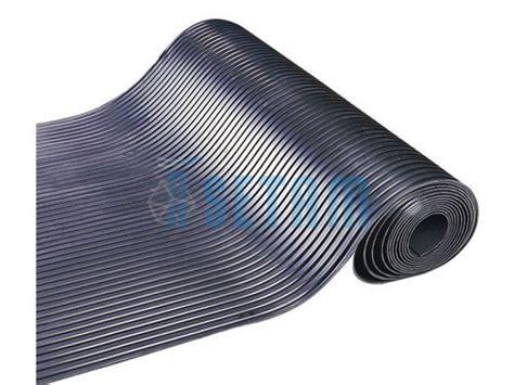 rouleau de tapis caoutchouc cannel 233 10 m 232 tres contact setam rayonnage et mobilier professionnel