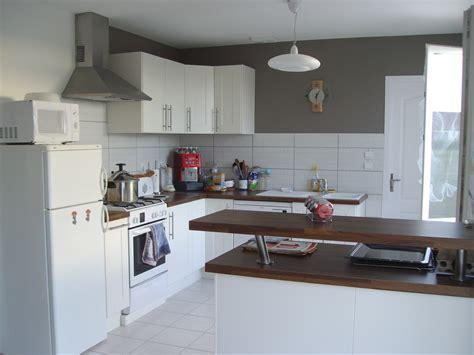 cuisine photo 4 5 peinture taupe sur 2 pans de murs pour rapeller