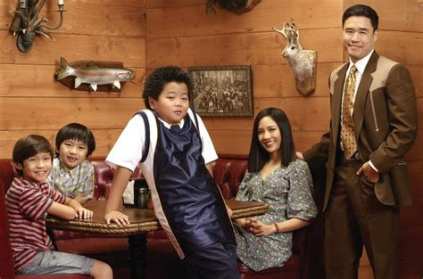 Watch Fresh Off The Boat English Subtitles by Download Fresh Off The Boat Season 2 Episode 3 Subtitles