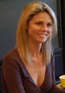 Rachel Lehnardt photos: Mom escapes jail after kinky ...