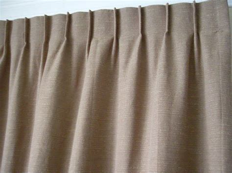 New York Pleat Reverse Pleat Eyelet Curtains Wave Pleat French Pleat How To Calculate Yardage Needed For Curtains New Style 2016 Curtain Rods Block Light Where Purchase Extra Long Shower 48 Inch Rod Do You Much Fabric Need Picture Of Opening Clean Rusty Hooks