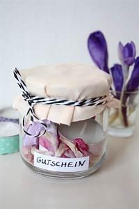 Gutschein Selber Machen : gift wrapping 3 ideen um gutscheine zu verpacken rosy grey diy blog lettering m nchen ~ Markanthonyermac.com Haus und Dekorationen