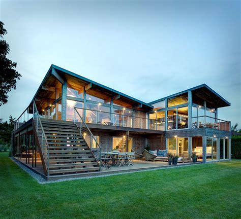 Elegant Ecofriendly Beach Residence Interiorzine