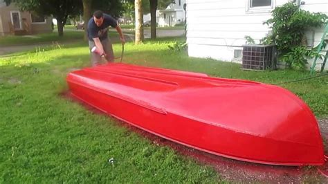 How To Remove Old Paint From Aluminum Boat by How To Paint An Aluminum Boat Youtube