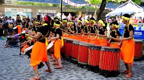 Dragon Boat Drum by Hk Dragon Boat Carnival Drum Beat Youtube
