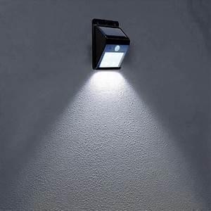 Lampe Mit Bewegungsmelder Und Schalter : lampe mit bewegungsmelder pl tzliches licht ~ Markanthonyermac.com Haus und Dekorationen