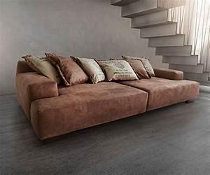 Big Sofa Vintage : die besten 17 ideen zu braunes sofa auf pinterest wohnzimmer braun m bel braun und wohnwand braun ~ Markanthonyermac.com Haus und Dekorationen