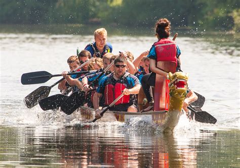 Dragon Boat Hire by Gallery Dragon Boats Warwick Boat Hire