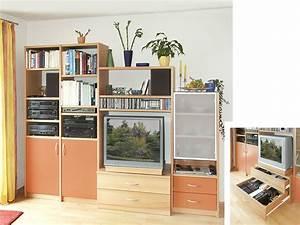 Wohnwand Nach Maß : farbige wohnwand urbana m bel ~ Markanthonyermac.com Haus und Dekorationen
