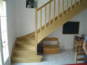 escalier bois massif interieur blanc design de maison