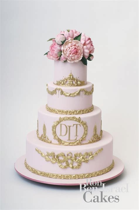 pink and gold cake pink and gold wedding cake inspiration twobellesevents