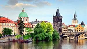 Lonely Planet's Prague & the Czech Republic | Stuff.co.nz