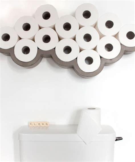 les 25 meilleures id 233 es de la cat 233 gorie porte rouleau de papier toilette sur