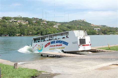Lake Austin Boat Tours by Duck Boat Tours In Austin Texas Lifehacked1st