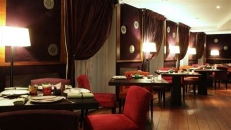 restaurant la salle 224 manger h 233 l 232 ne darroze in menu review price and booking