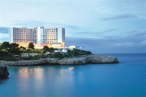 Globales America   Calas De Mallorca Hotels   Jet2Holidays
