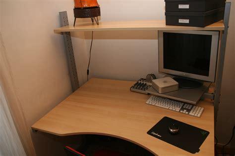 vends armoire informatique ikea table de lit