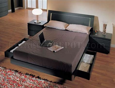 Queen Storage Bedroom Sets. Queen Storage Bed Set S Queen Quartzite Kitchen Countertops Islands With Granite What Color To Paint The Flooring Options Themes Marble Floors In Cabinet Colors Toronto