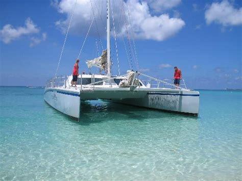 Catamaran Rental Grand Cayman by Catamaran Pulling In Picture Of Grand Cayman Cayman