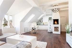 Große Fliesen In Kleinen Räumen : 55 dachschr ge ideen m bel geschickt im raum platzieren ~ Markanthonyermac.com Haus und Dekorationen
