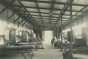 File:StateLibQld 1 244836 Army barracks at Kelvin Grove ...
