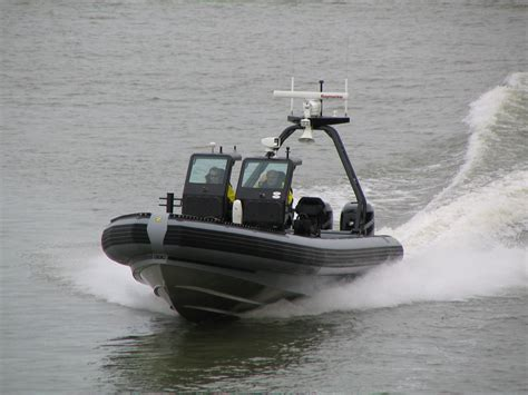 Zodiac Inflatable Boats Dealers by Zodiac Milpro Military Ribs Inflatable Boats Www