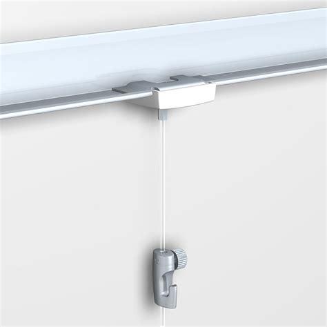 fixation tableau sur dalle faux plafond decoho