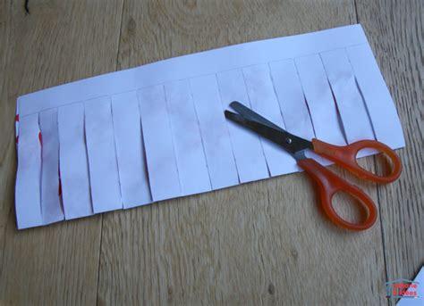 fabriquer des lanternes chinoises avec une feuille de papier cabane 224 id 233 es