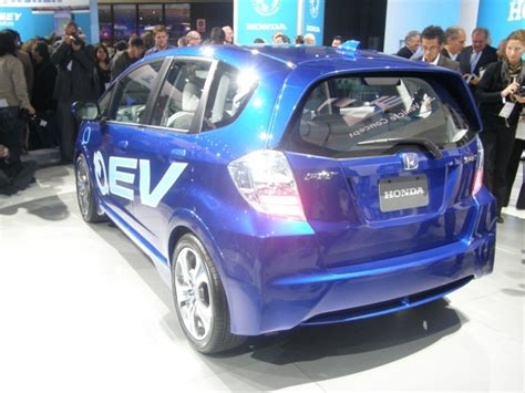 Honda Unveils Allelectric Fit At The Los Angeles Auto
