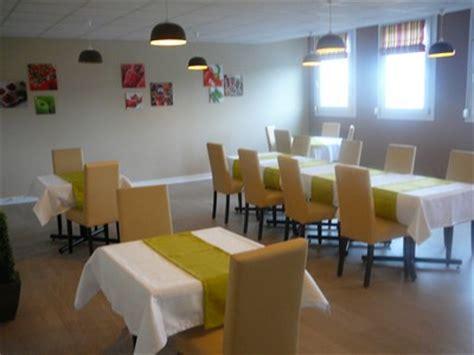service en salle de restaurant 28 images flowersway voyages restaurant l auberge de l atre